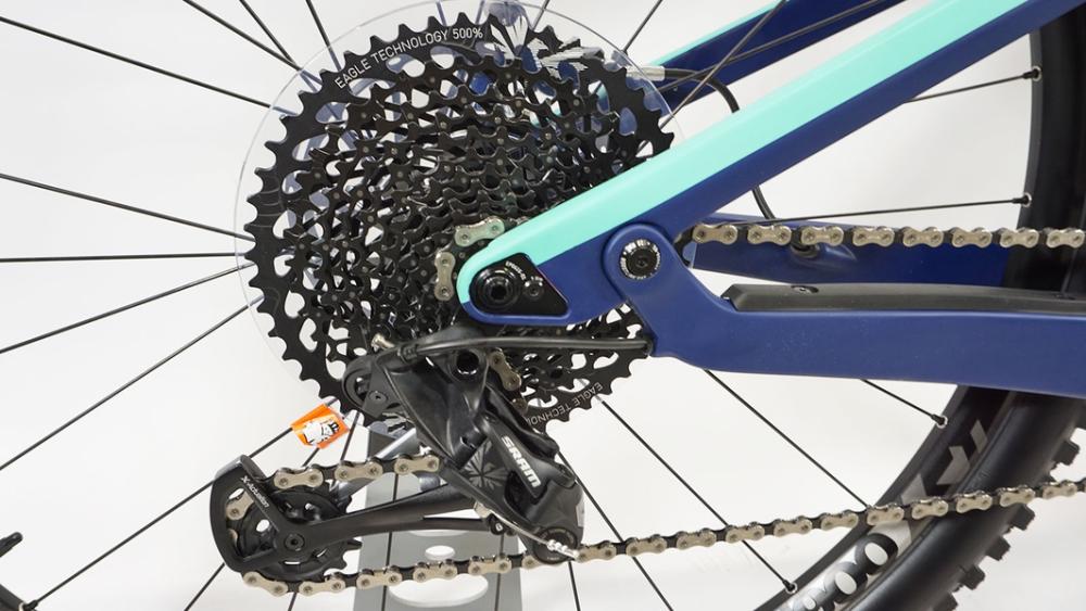 Sale - (Used) MTB Bike Canyon Strive CF 6 0 29er L