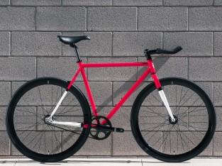 A Montoya e a Carolina são os mais Recentes Membros da Família State Bicycle  Co. d735f4419